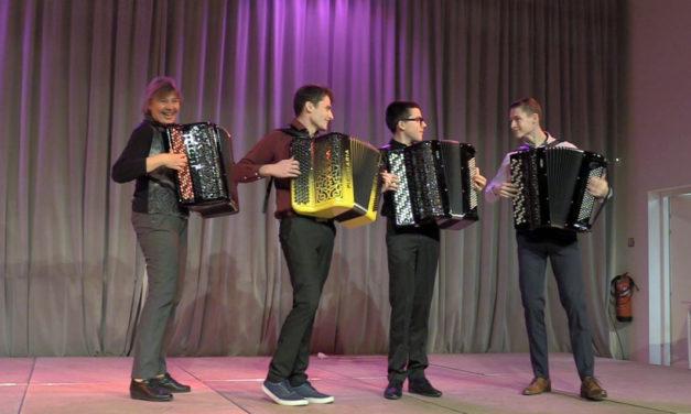 À la découverte de l'accordéon avec Jacques Mornet et ses élèves
