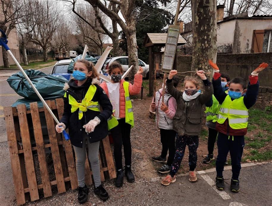 Des enfants éco-citoyens.