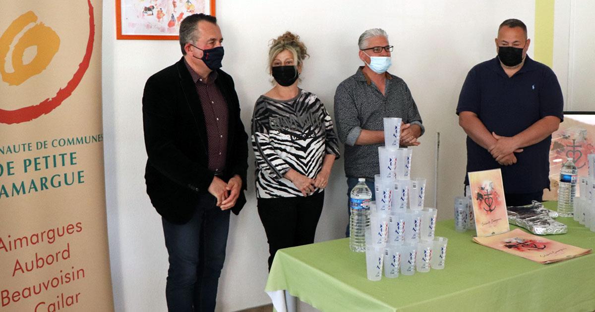 La CCPC achète 2 000 verres écologiques en solidarité aux manadiers